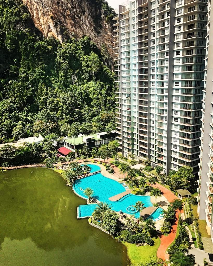 LAKEVIEW 5 STAR SUITES  Near Lost World  SUNRILLA