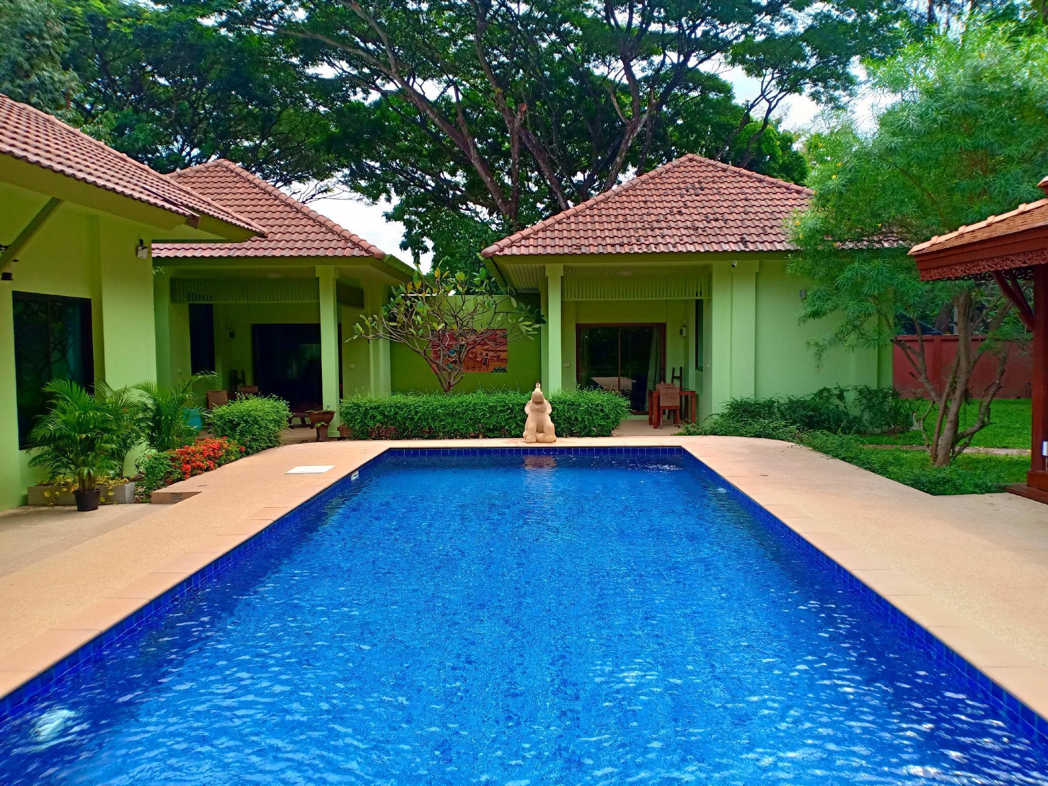 The Villa Vanali One Bedroom Pool Front (sleeps 3) The Villa Vanali One Bedroom Pool Front (sleeps 3)