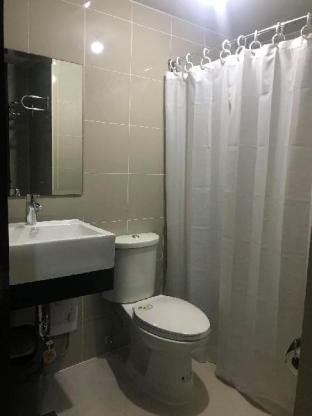 picture 4 of Cubao ManhattanHeights Unit 23D Tower D