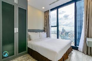 %name D1   High floor City Skyline view 2BR Luxury Apt Ho Chi Minh City