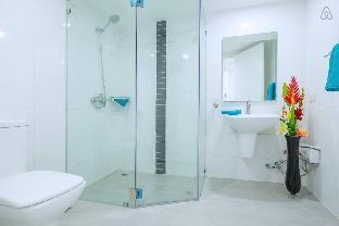 picture 5 of 1BR 46sqm Luxury Condominium