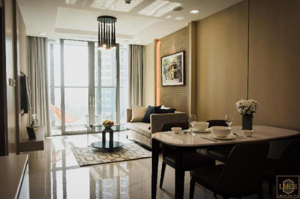 Deluxe 1BR Pool View Service Apartment #06-12 Ho Chi Minh City
