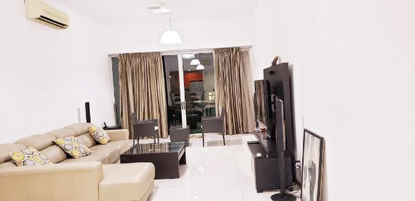 luxurious 2 bedroom flat ,close to railway station Kuala Lumpur