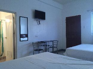 picture 3 of La Esplanada Transient House - Twin Room