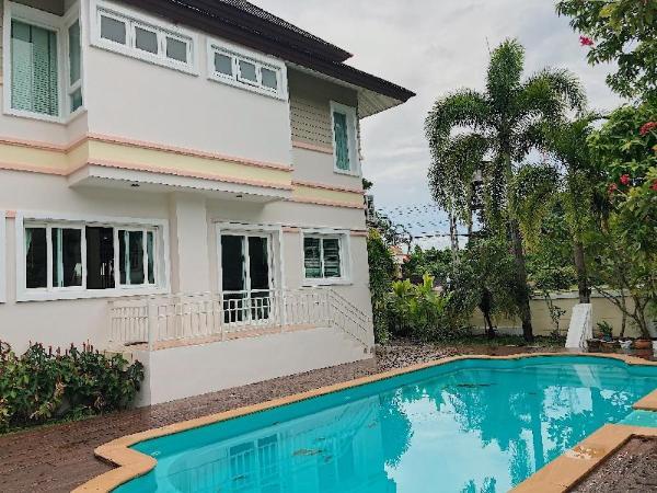 Whole Villa for Family -8 ppl- Beach,Chalong,City Phuket