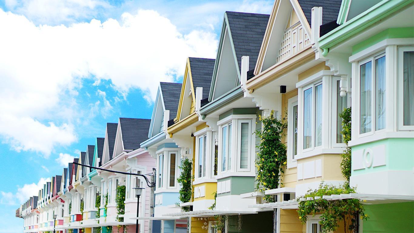 Aguba's @ Pontefino Prime Residences Batangas