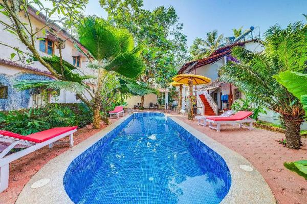 Well-furnished 2-BR villa with a shared pool 71371 Goa