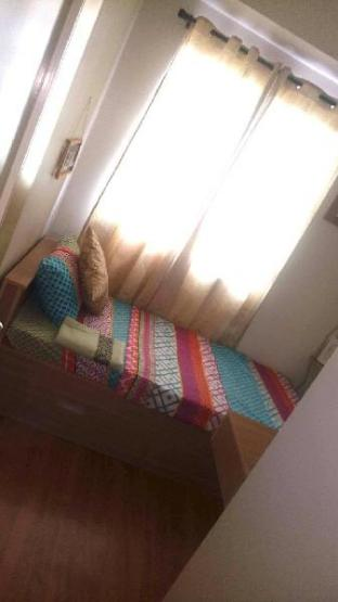 picture 5 of Lily's Crib