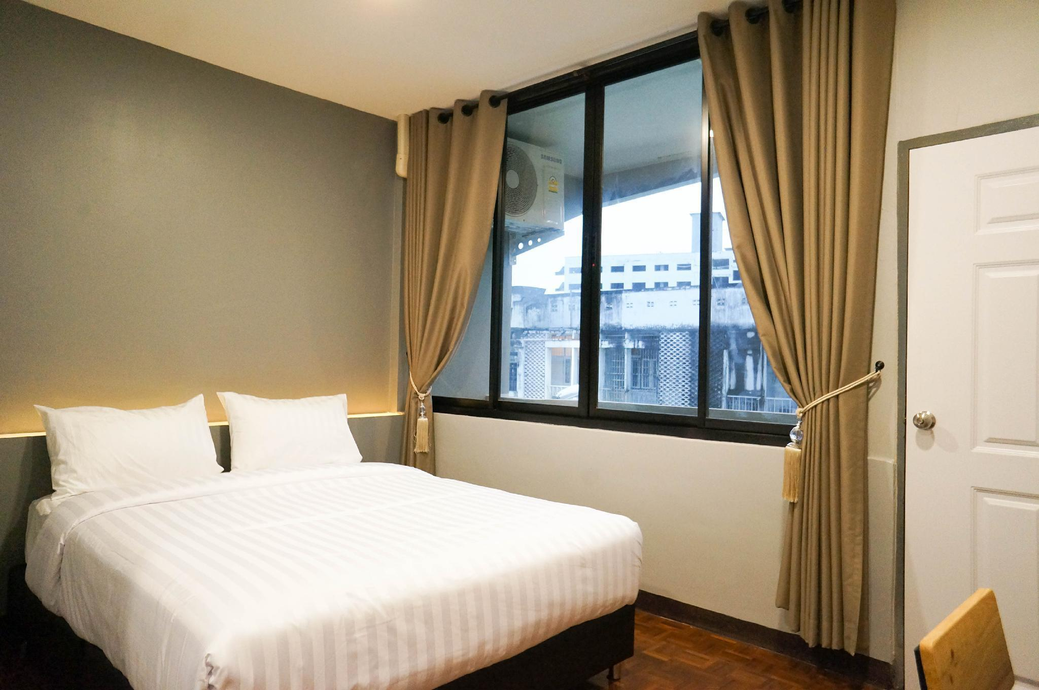 7#Lux Rooms Night Bazaar-Double Bed Studio Balcony สตูดิโอ อพาร์ตเมนต์ 1 ห้องน้ำส่วนตัว ขนาด 20 ตร.ม. – ไนท์บาร์ซา