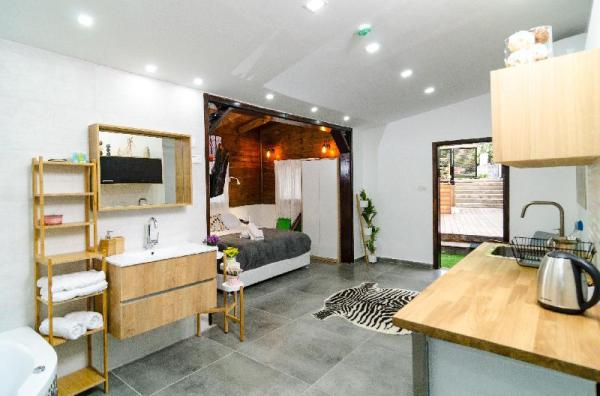 romantic suite with jakuzzi Tiberias