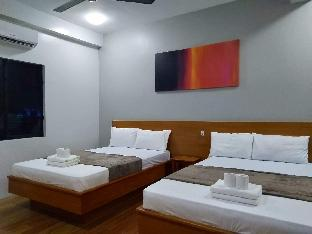 picture 1 of Island Sea View Suite 3 with Breakfast for Two