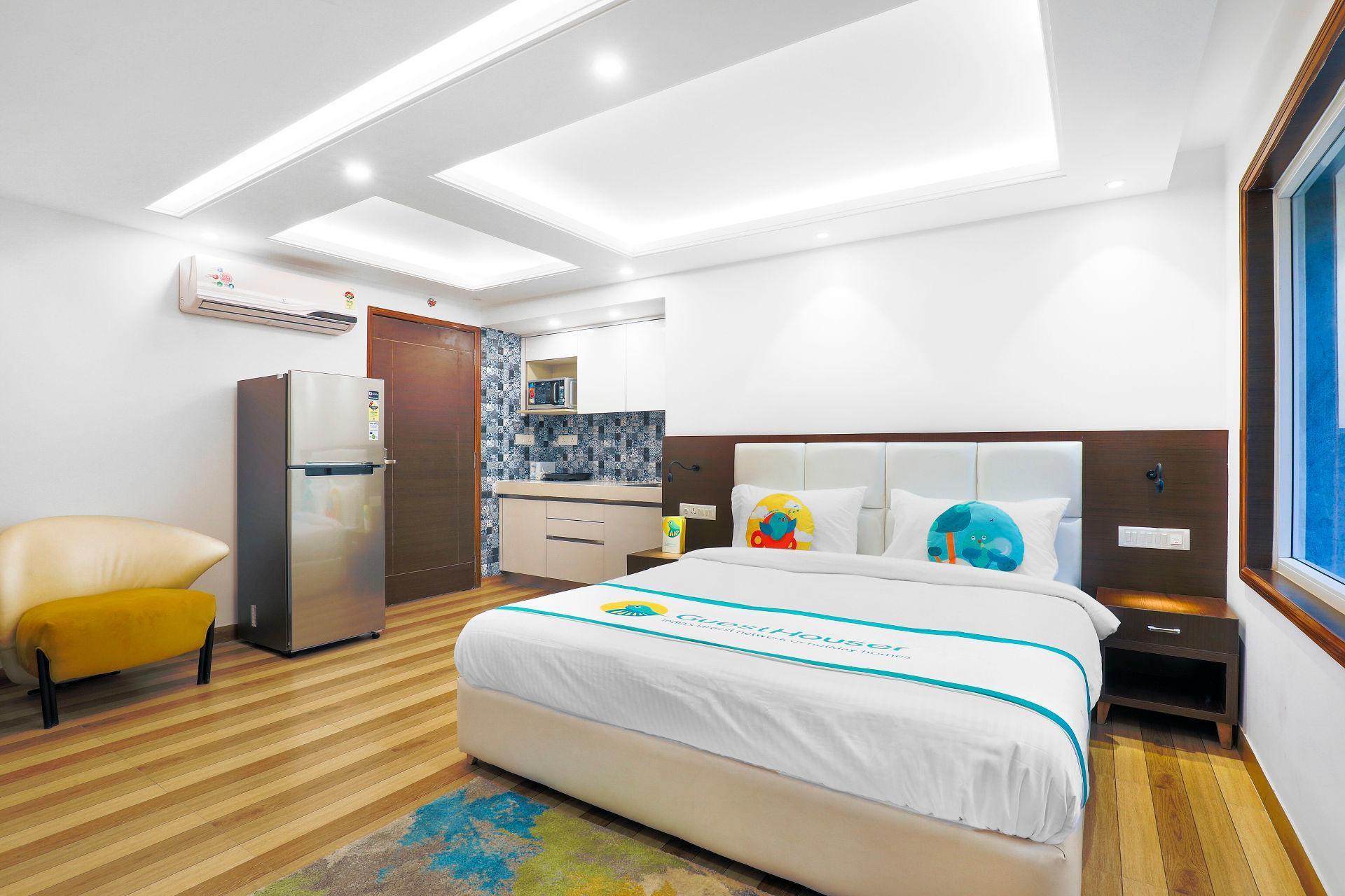 Studio Apartment In Safdarjung 71728