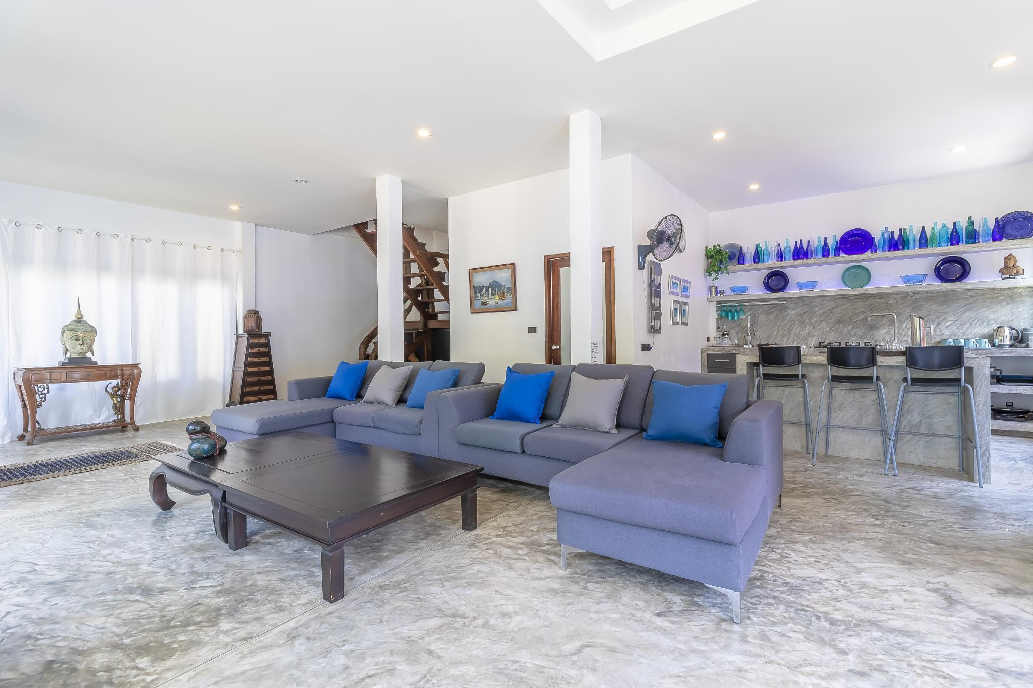 Spacious 4 bed villa in perfect location วิลลา 3 ห้องนอน 2 ห้องน้ำส่วนตัว ขนาด 300 ตร.ม. – ไทรรี