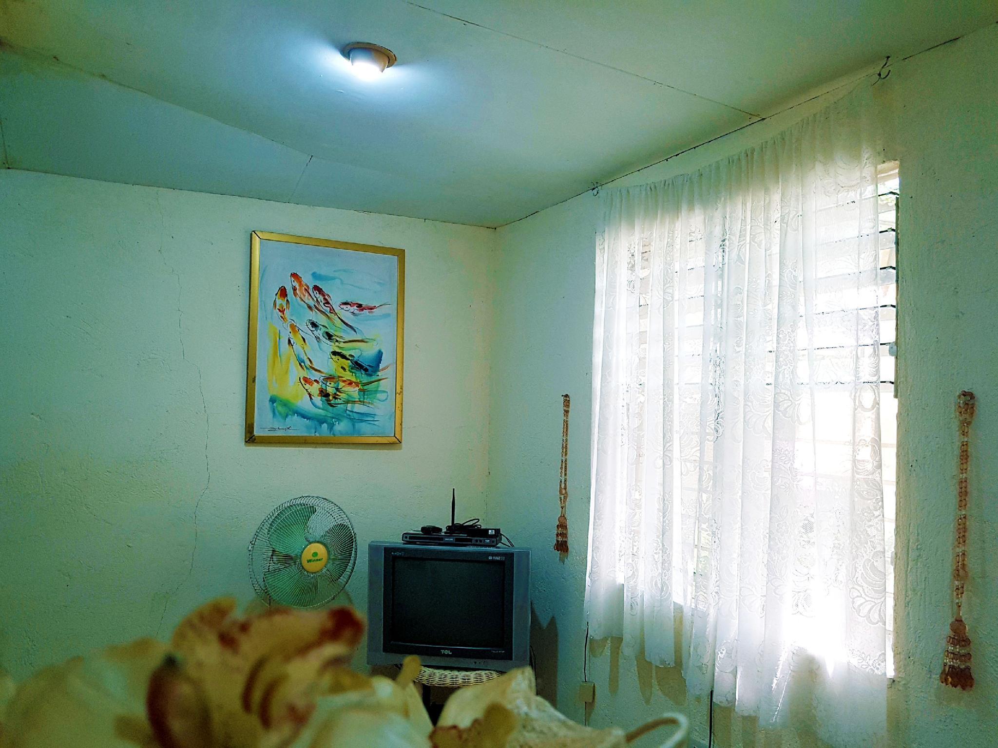 Cozy House For Couple In Calauan Laguna