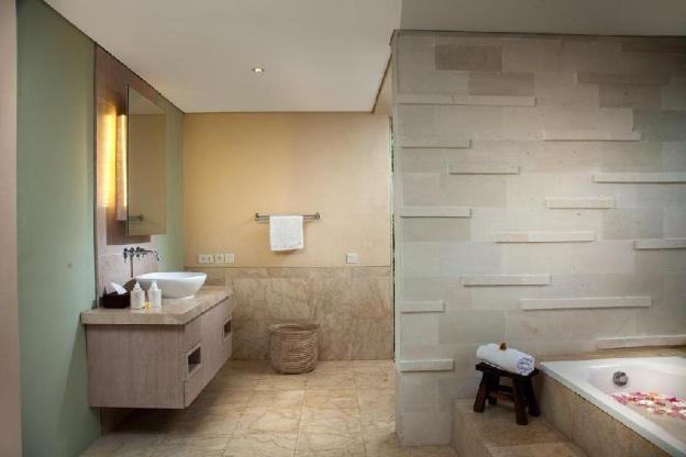 Villa Shima - Stylish Luxury 5 Bedrooms with Pool