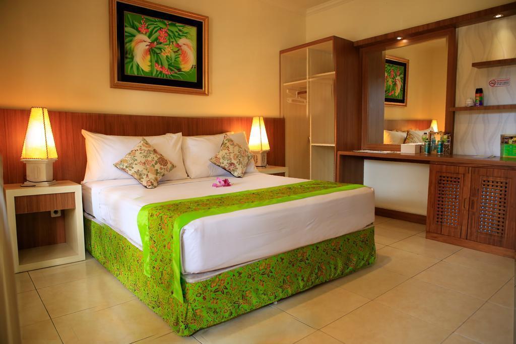 Deluxe Double Room Near Cacalan Beach Banyuwangi