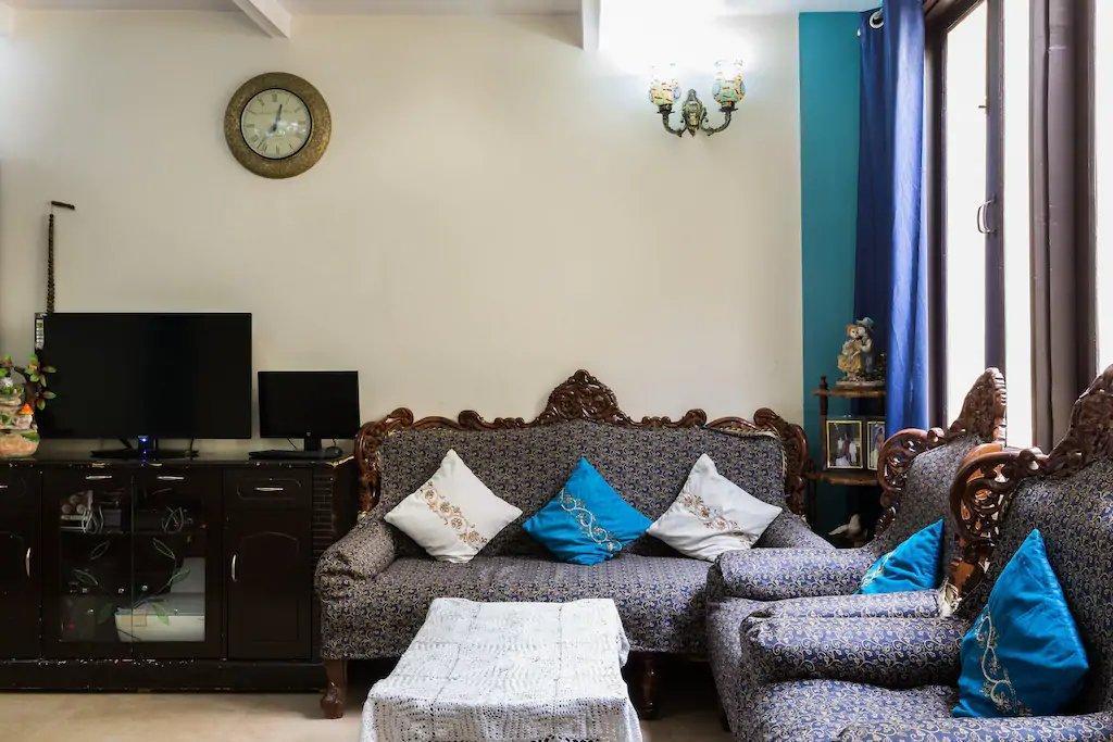 Sufi Khandar Home Stay
