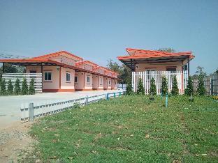 Natchaya Resort บังกะโล 10 ห้องนอน 1 ห้องน้ำส่วนตัว ขนาด 20 ตร.ม. – จัตุรัส