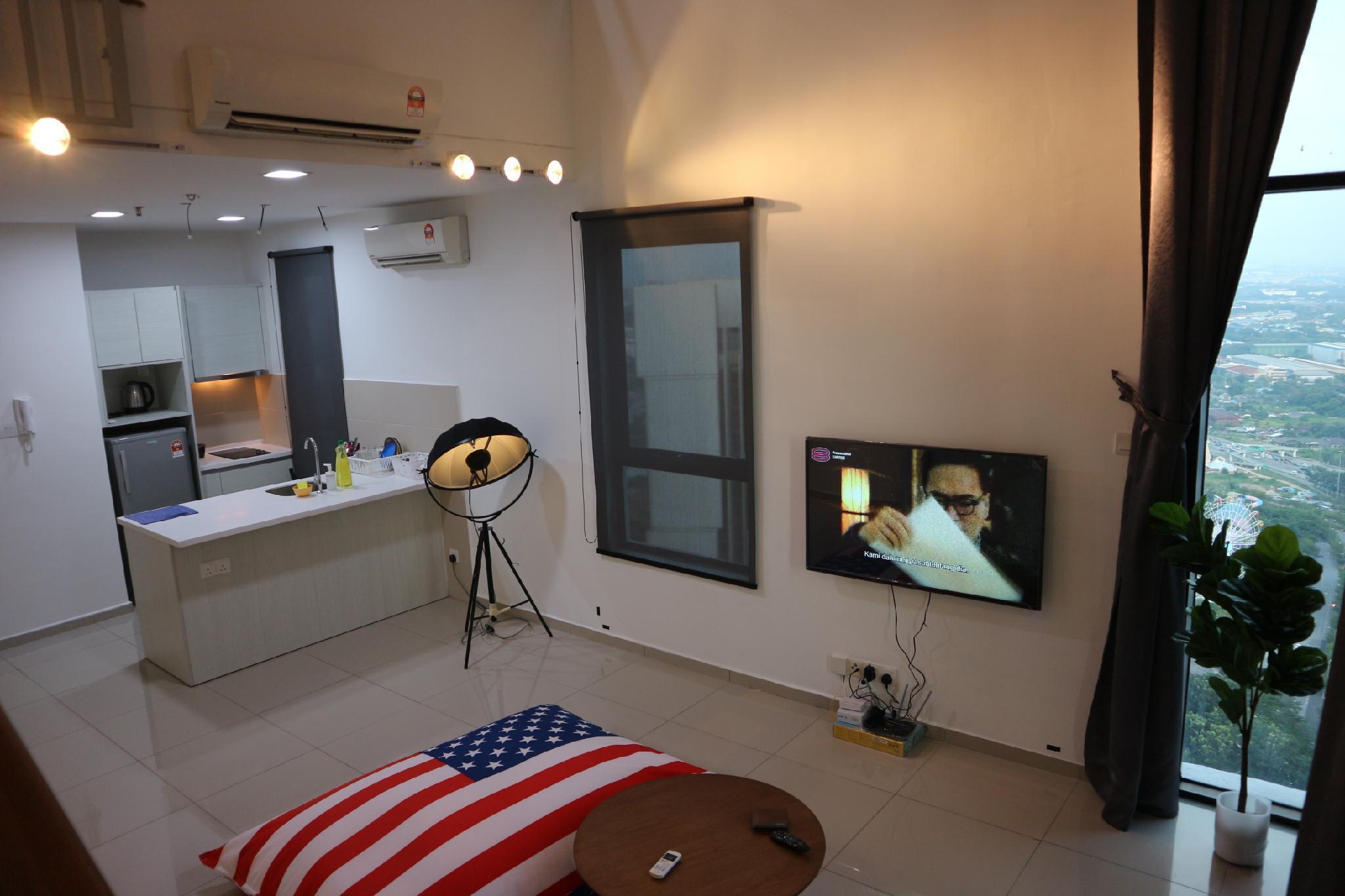 V35 Vince Designer Penthouse I City Central Wifi