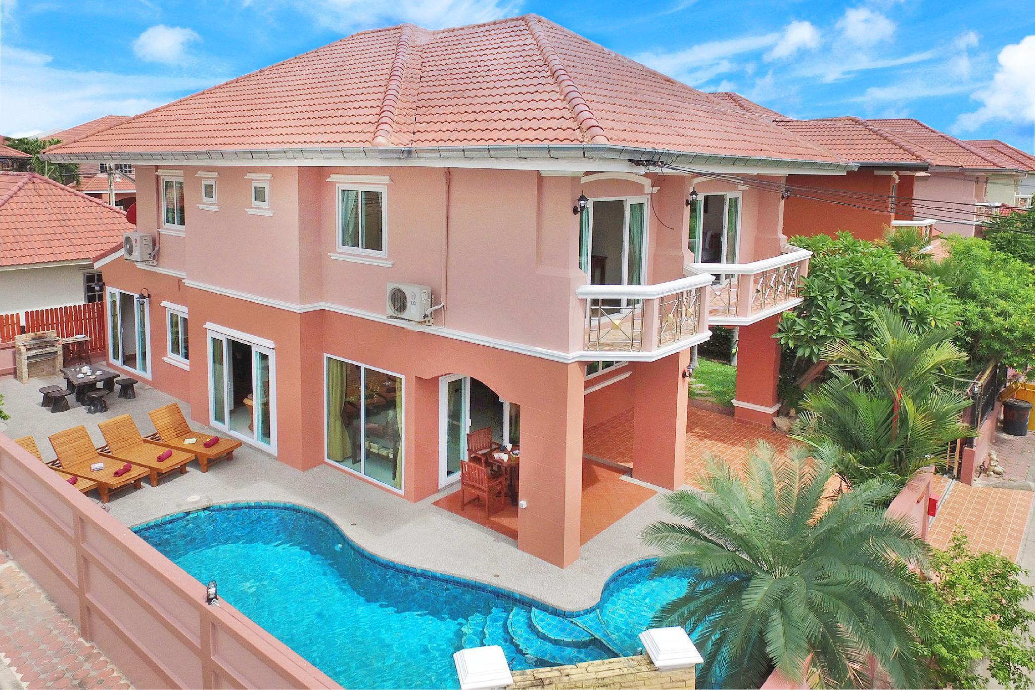 Baan Nomella   4 Bed Villa Large Pool With Jacuzzi