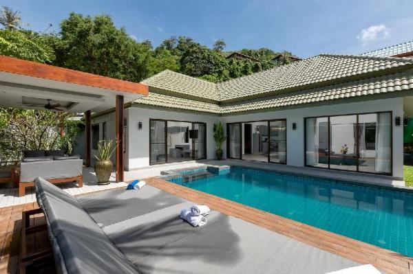 Villa Cha Ba Phuket