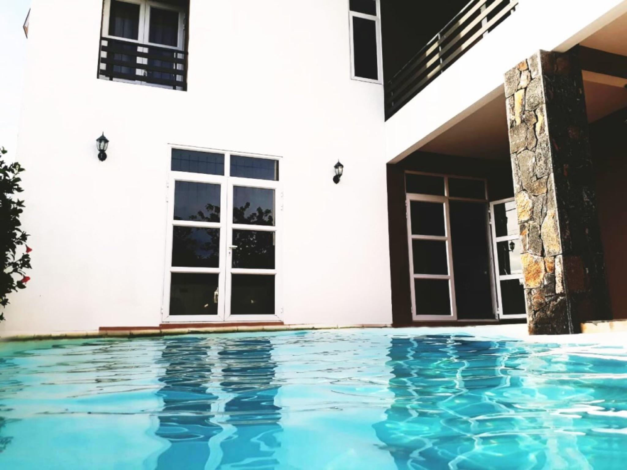 Stunning Pool Villa 4ch 2mn From The Ocean