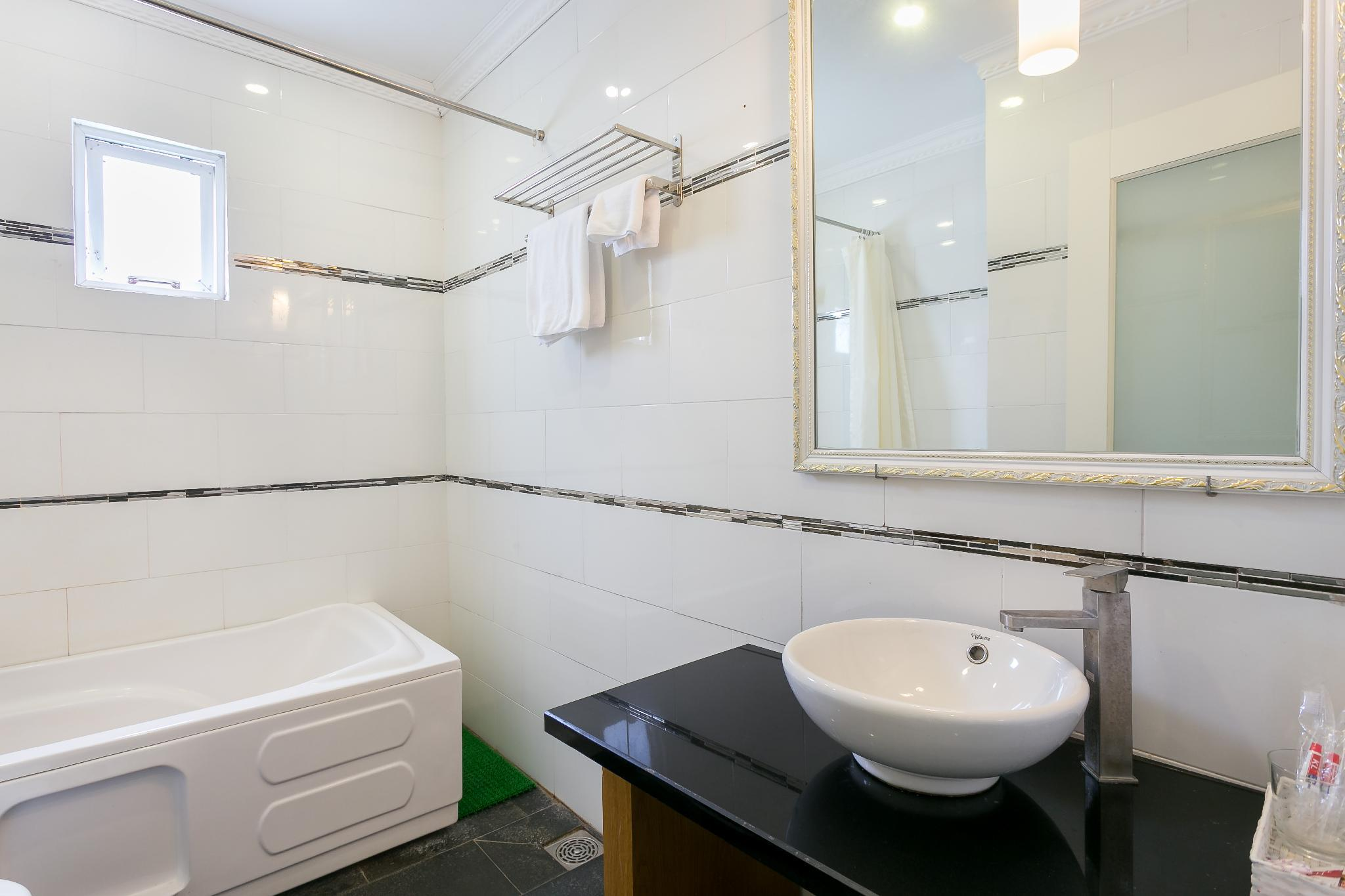 Best Localtion Best Revier View Nice Room Kitchen