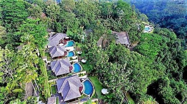 Villa for honeymoon with private infinity pool