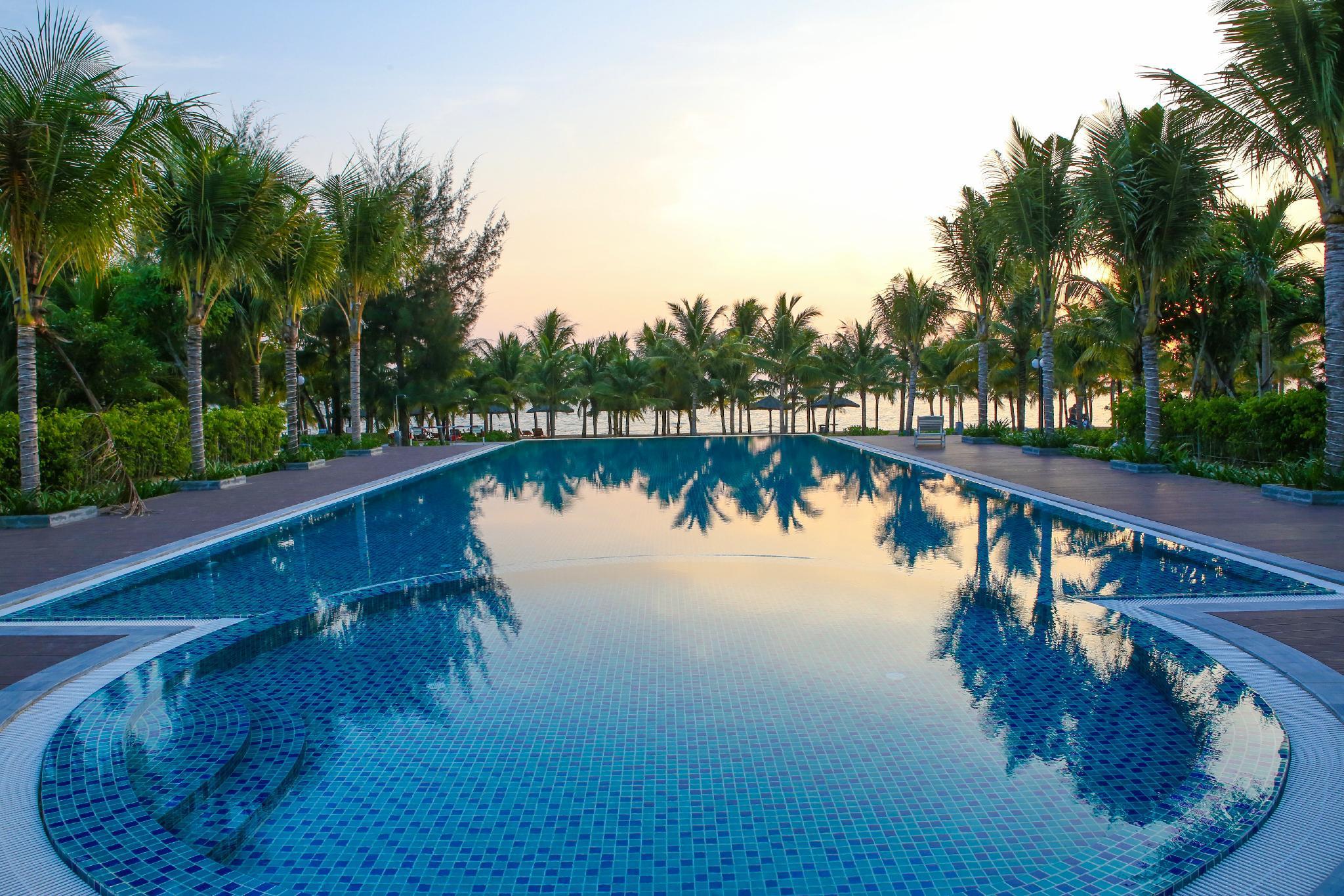 M Villas Beach Side 3 BR Villa W A Private Pool