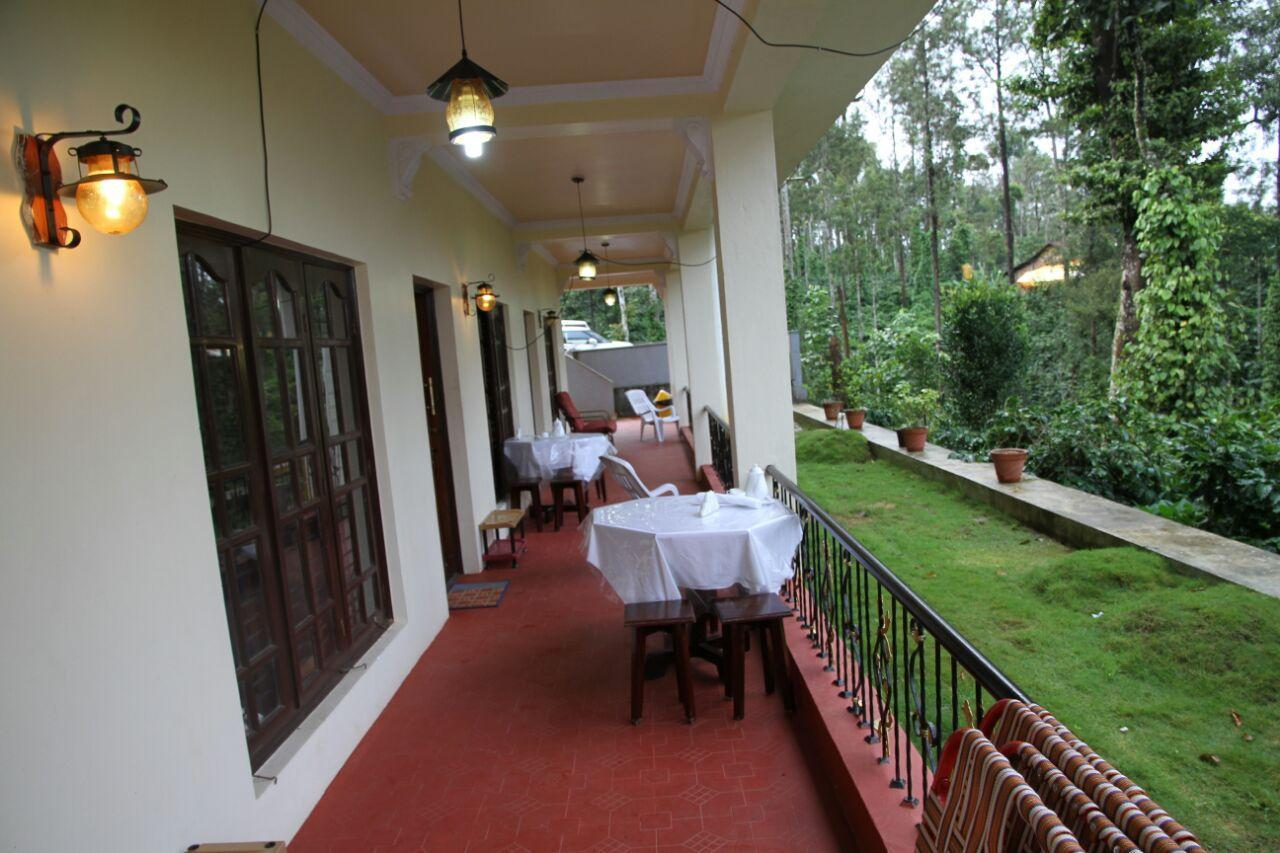 Plantation Stay With River Stream In The Property