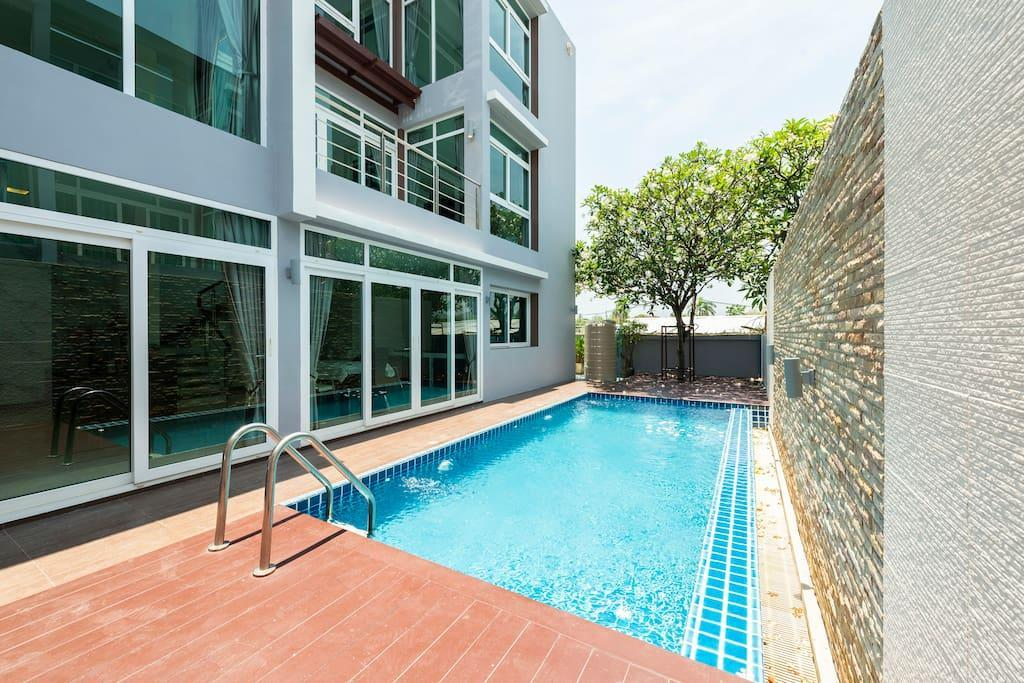 Exclusive Pool Villa Suite @ Heart Of HuaHin