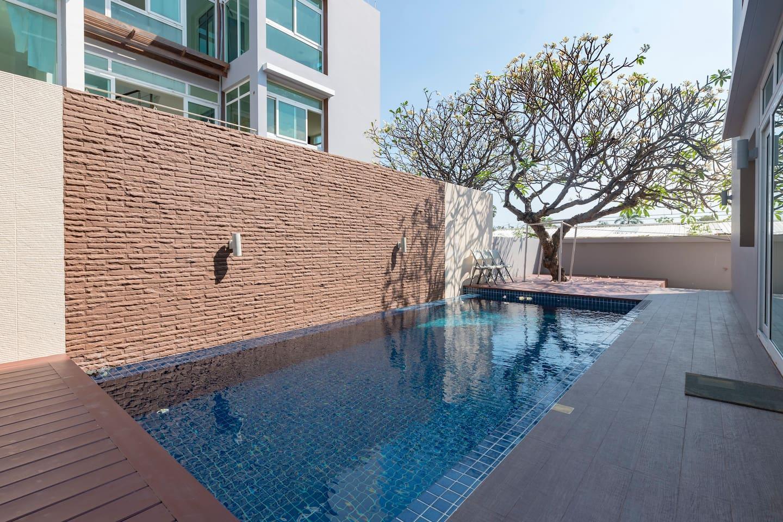 Brand New Luxury Pool Villa @ Heart Of Hua Hin 2