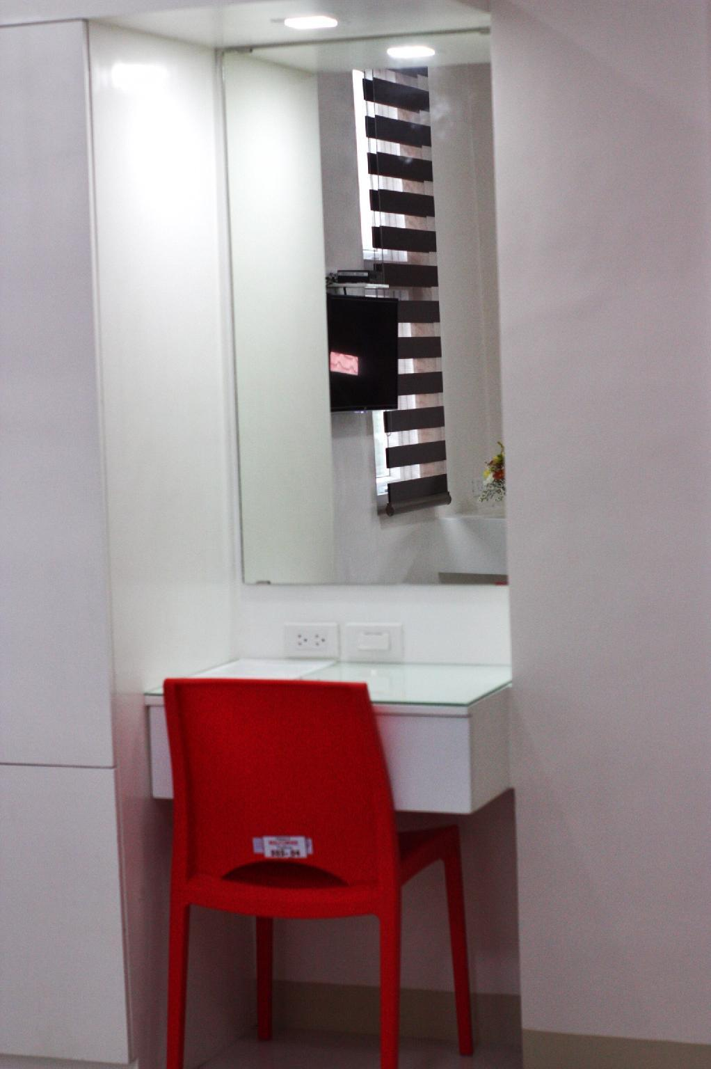 Red Corner Residences Executive W Private Balcony