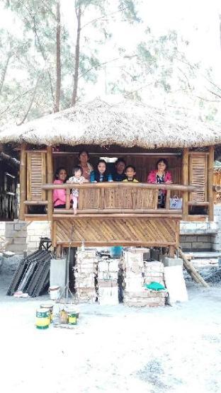 picture 2 of Happy Hut Retreat oF El Zamba