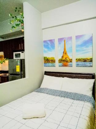 picture 1 of Vibrant Suite next to Venice Mall