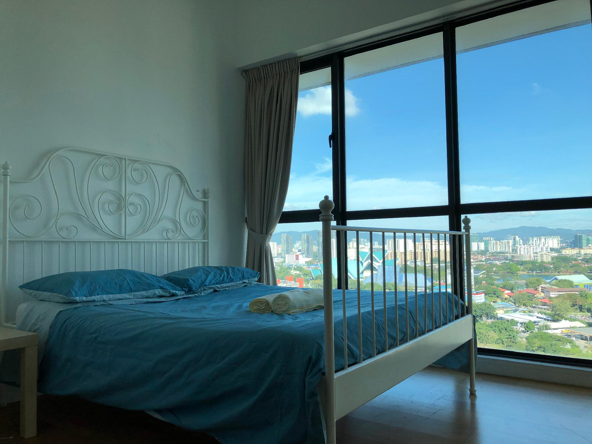 I HOME Apartment @Setia Sky