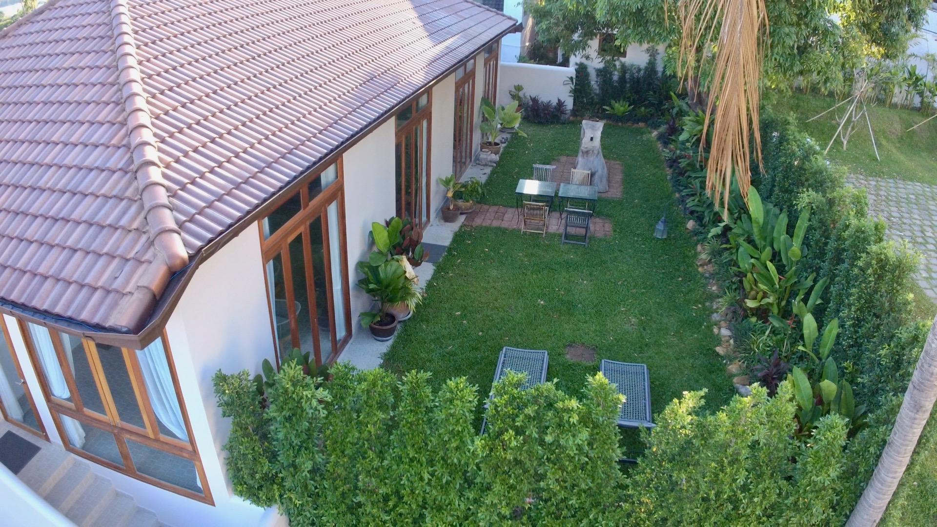 PAPAYA, Garden villa, 3 bed, 5