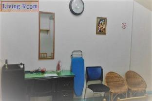 picture 3 of Manila Guest House Room-4