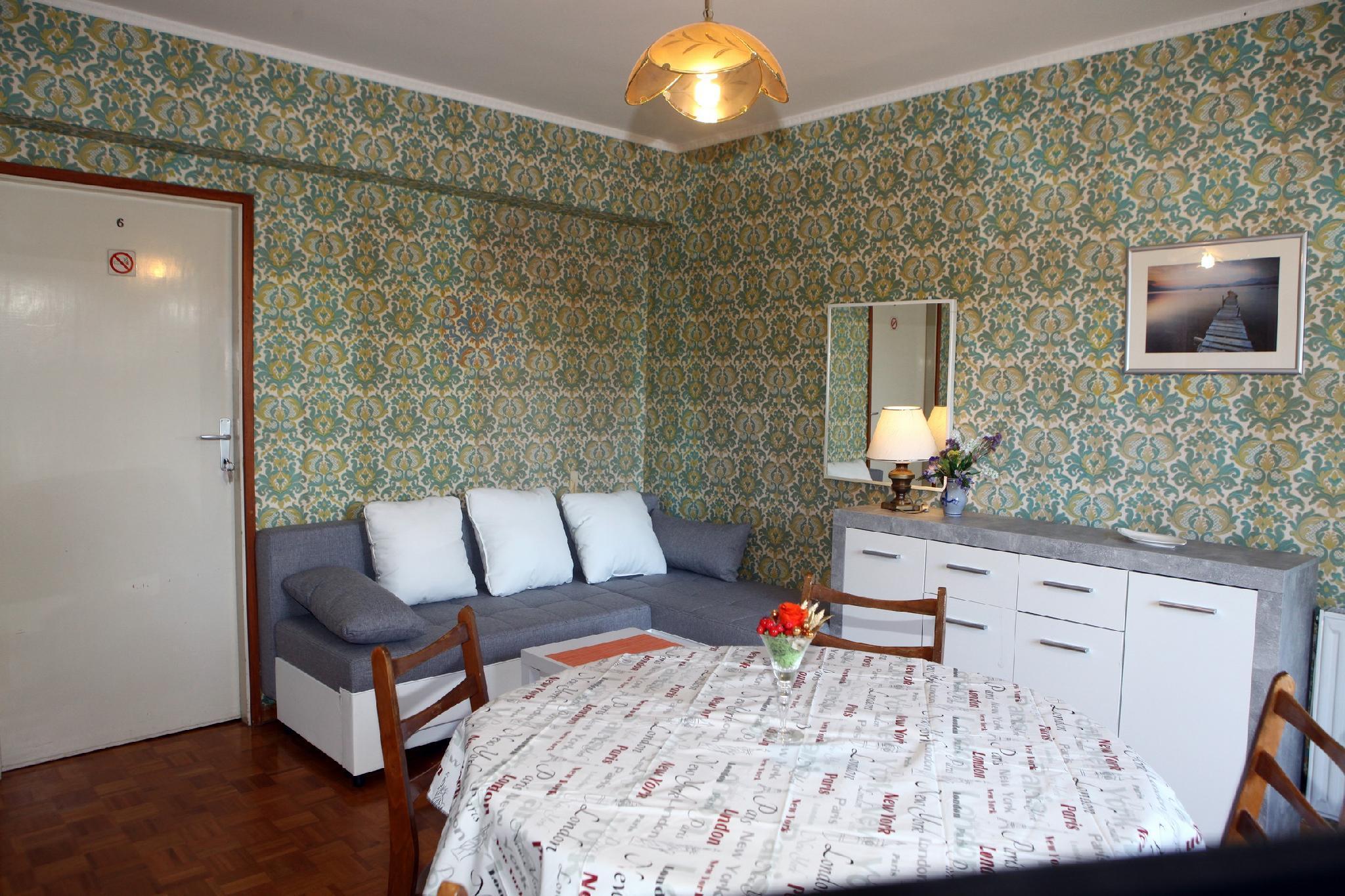 Time Travel Apartment IM4