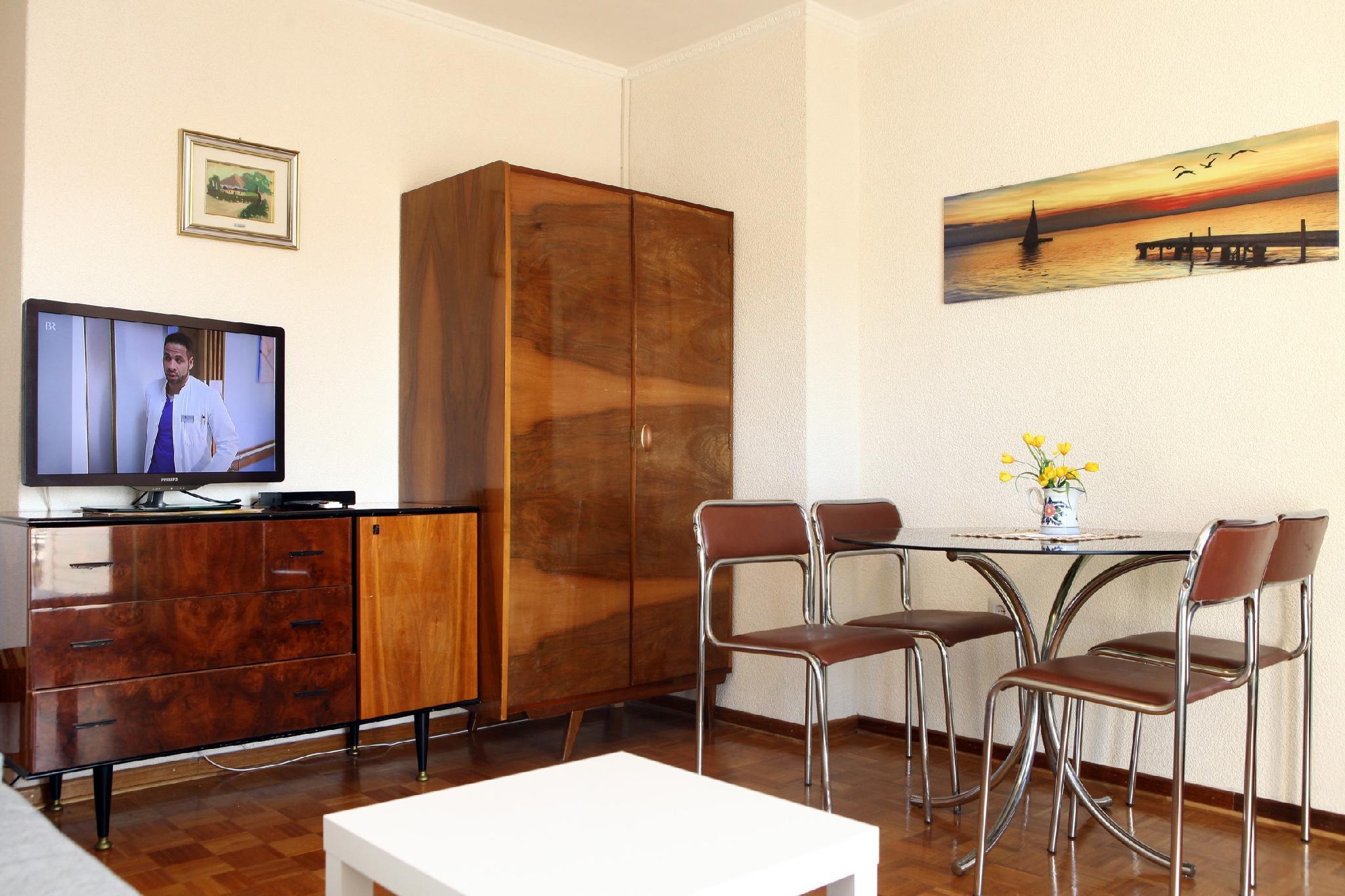 Time Travel Apartment IM1