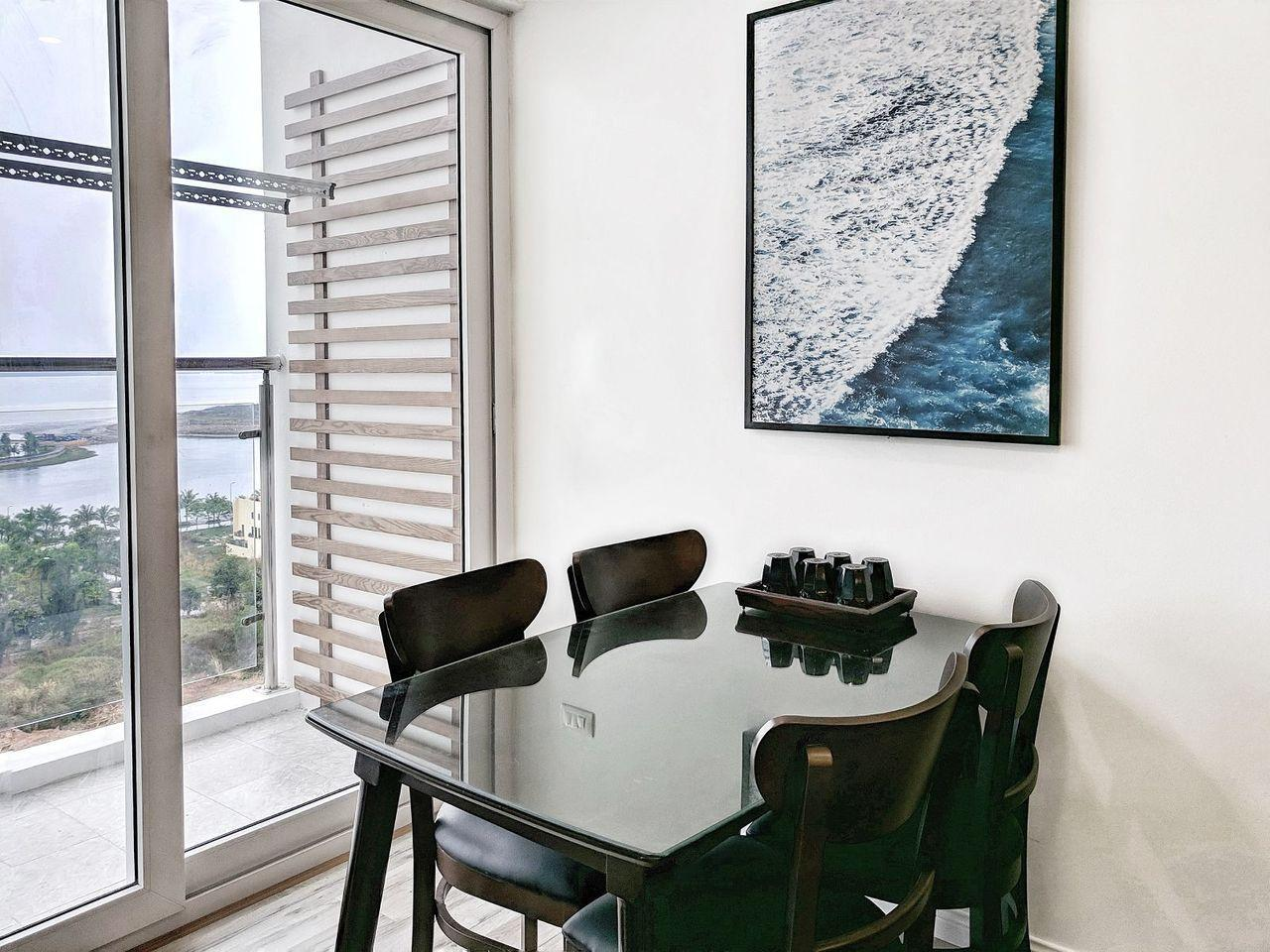Luxury Apartment In Newlife HL Sea View