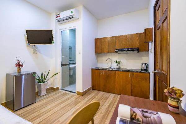 Cozy Studio  fully furnished with kitchen  303 Ho Chi Minh City