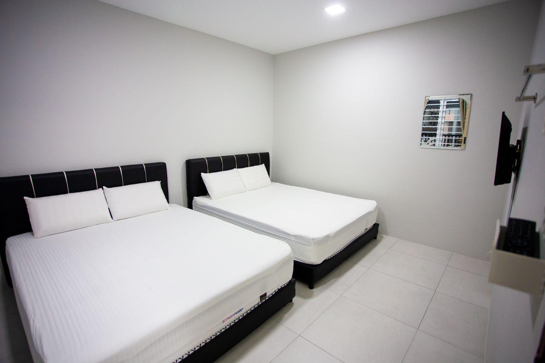 Room A Hom2rex Home To Relax Kuching Homestay