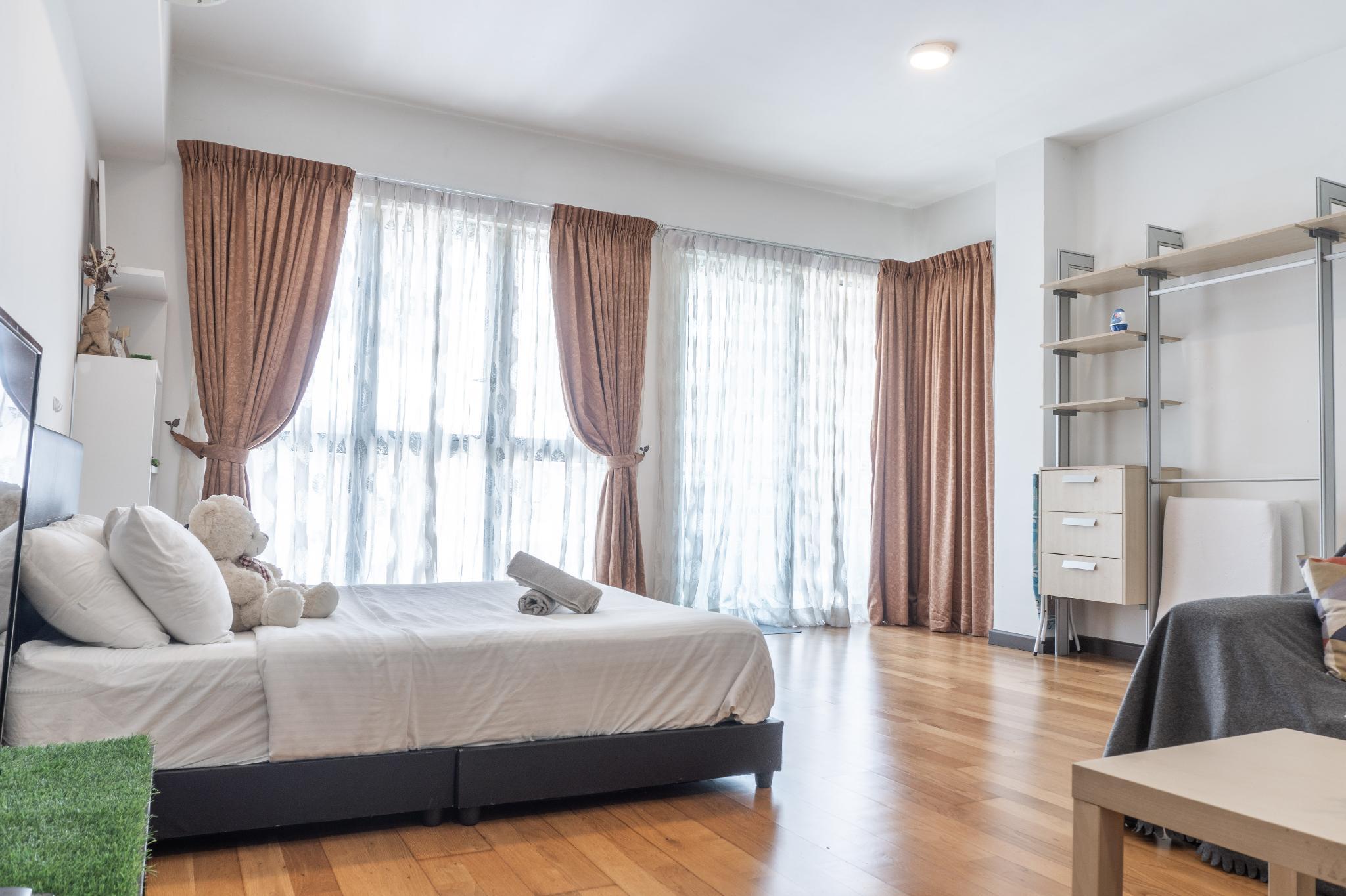 Regalia Suites Kuala Lumpur InfinityPool  Balcony