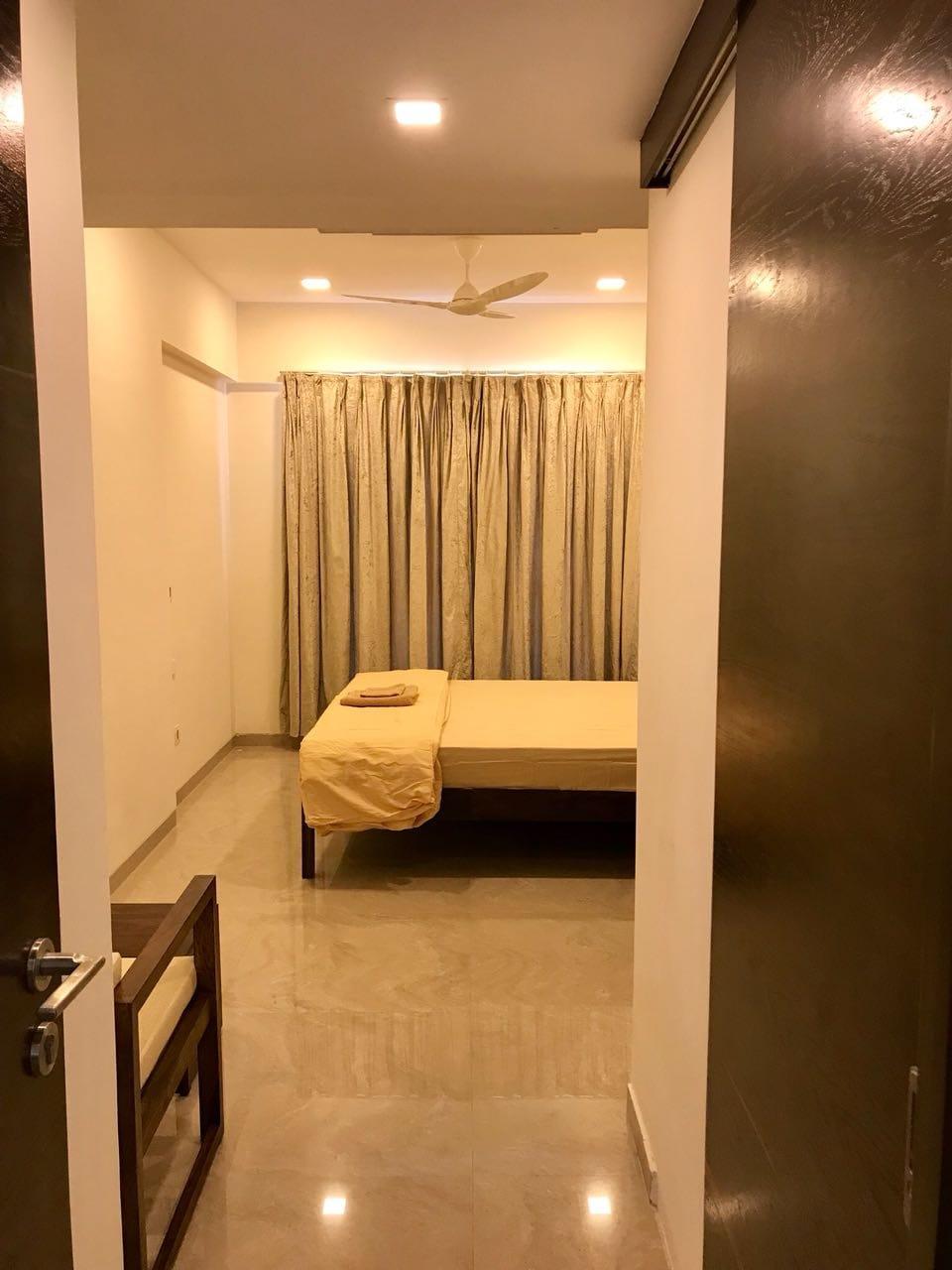 Premium 1BHK Apartment In Bandra West