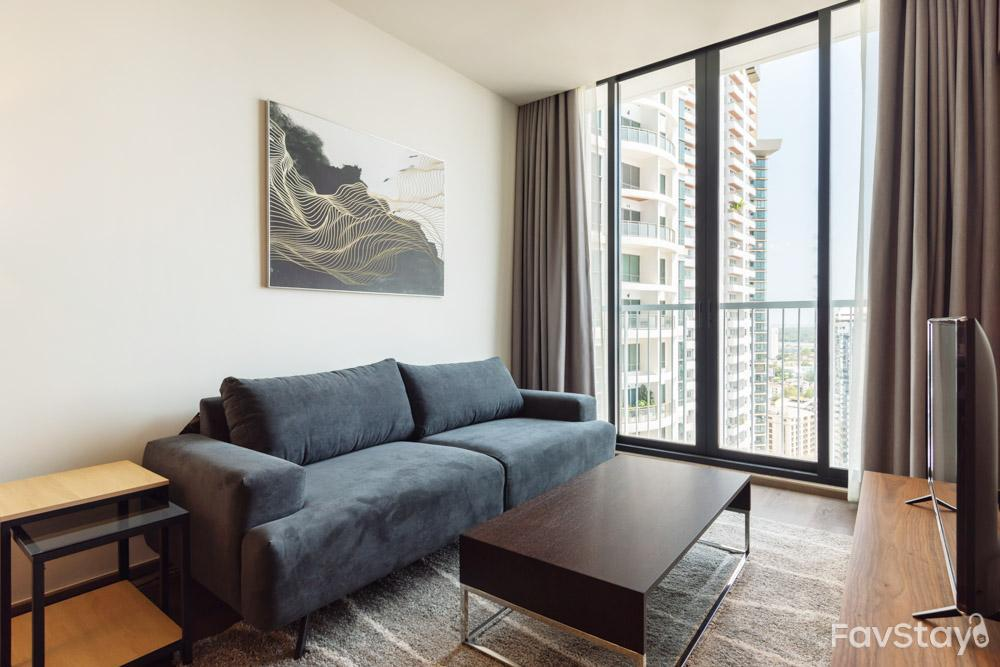 Lux Pool View 1BR  Park24 BTS Phrom Phong