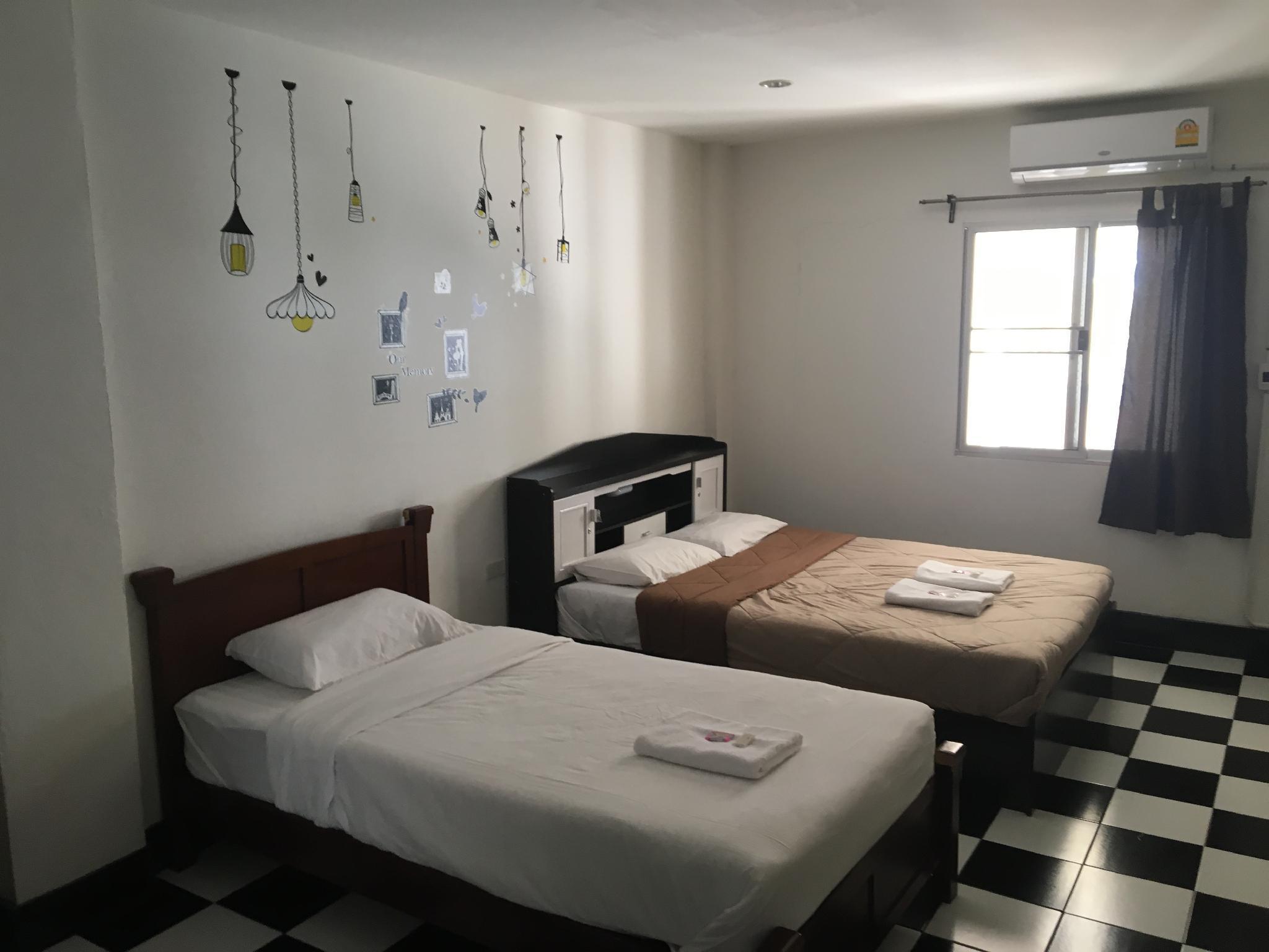 The Sleepy Monkey Hostel C31