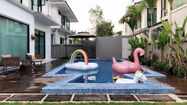 Madami 3 Chiang Mai Pool Villa / Free Transfer Chiang Mai
