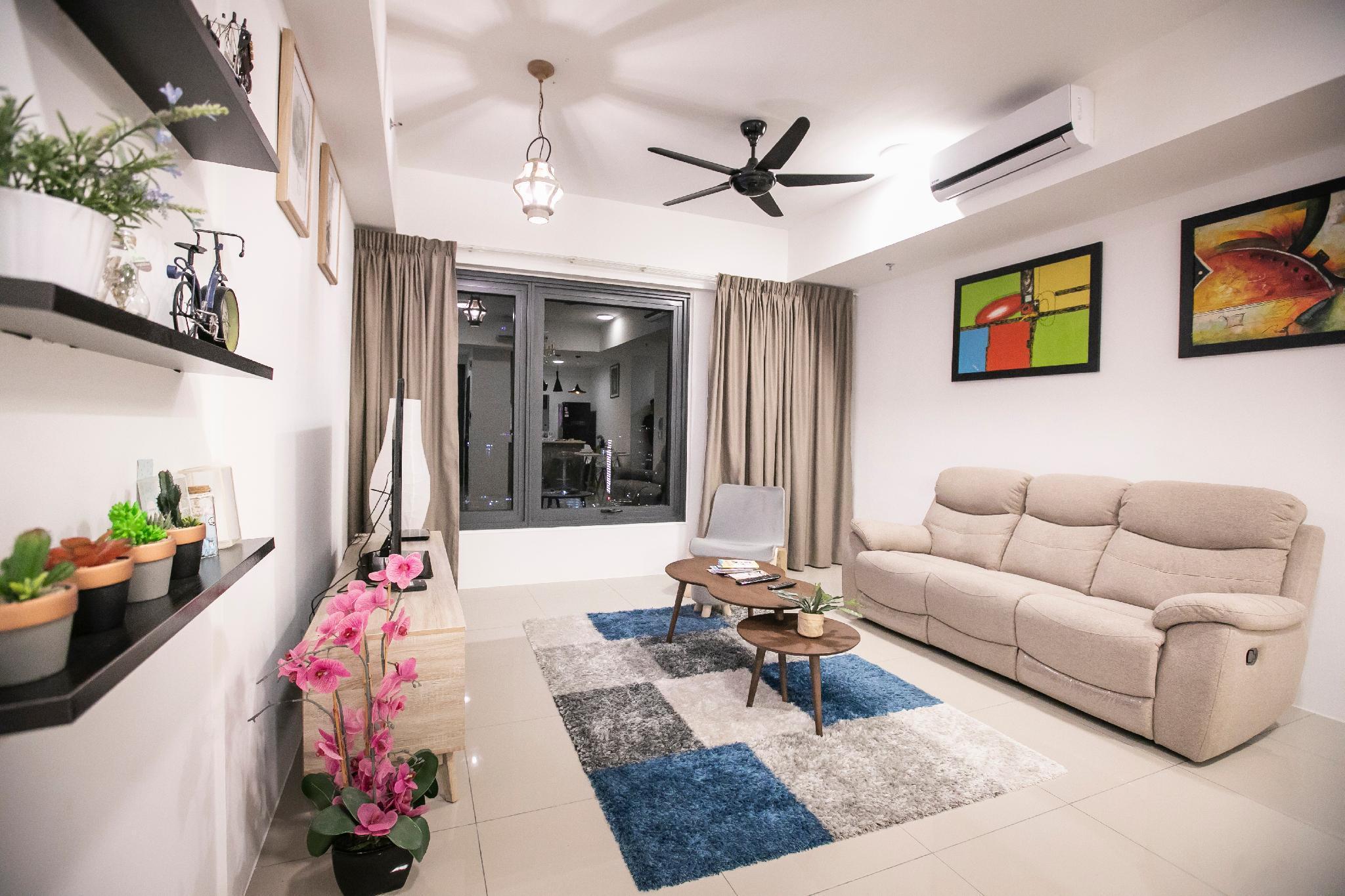 Tropicana High Floor Luxury 3BR Suite
