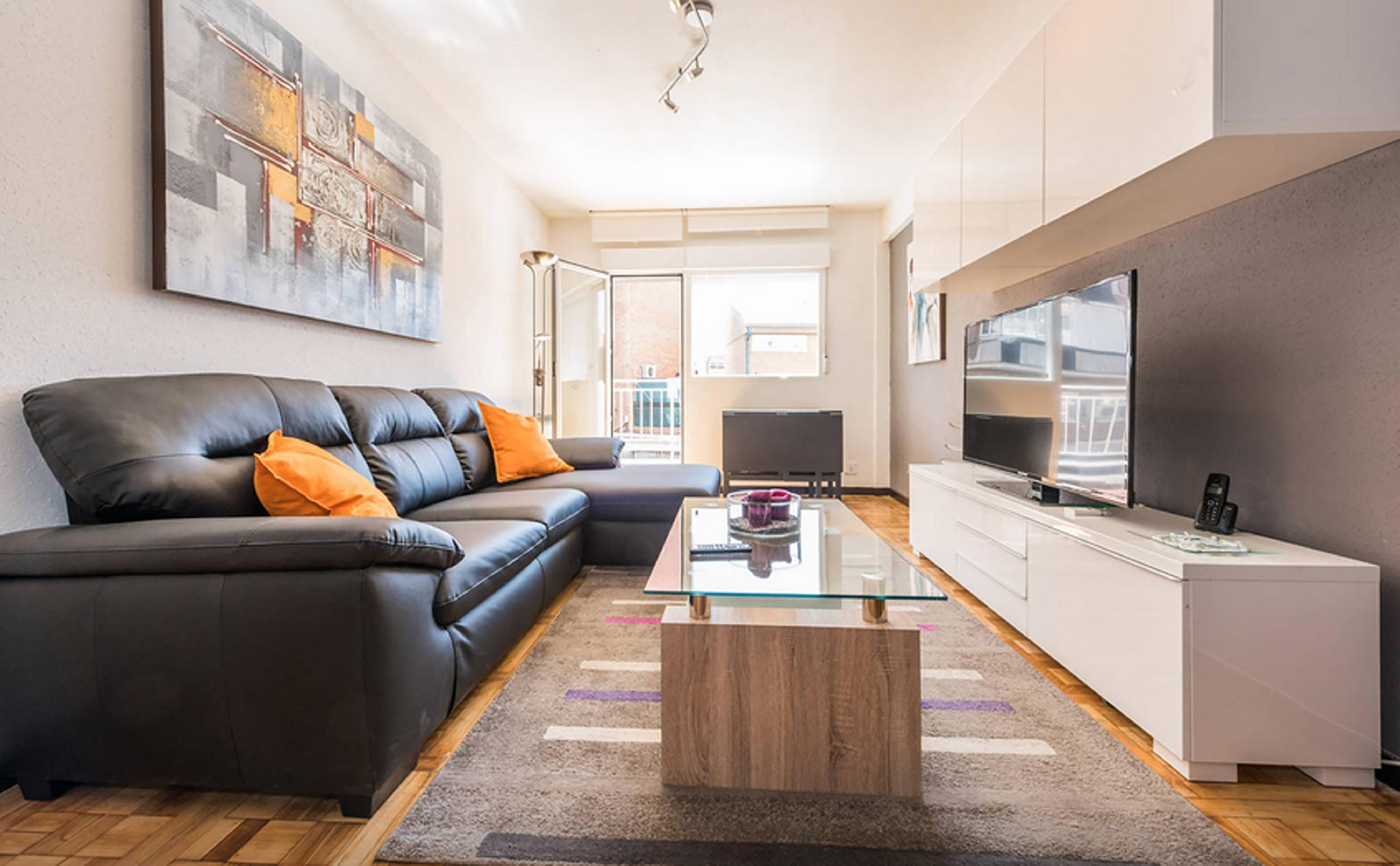 Modern And Comfortable Madrid Flat